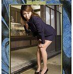 【客の玄関前で失禁姿を晒すセールスレディ】川島れい 平成おもらし物語 02