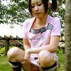 【公園の木に登りながら失禁をしでかす少女】古賀みこと 公園散策おもらし